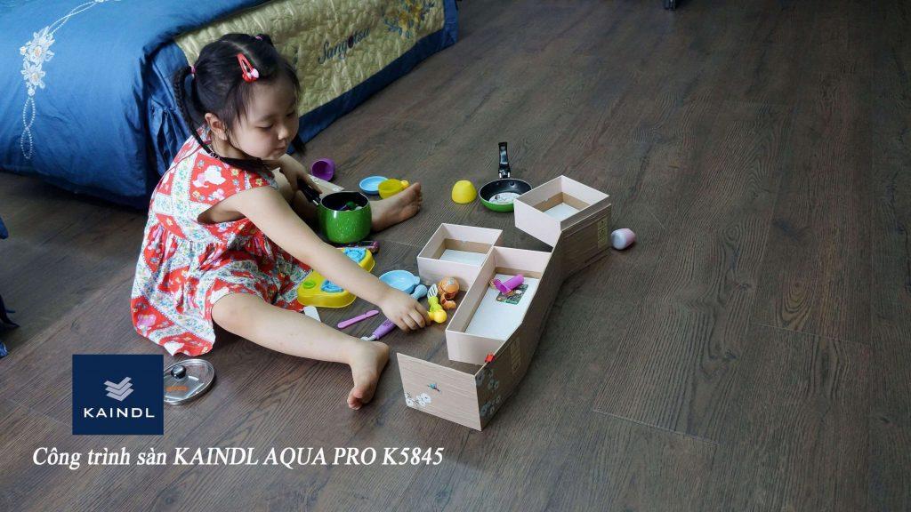 sàn gỗ siêu chịu nước kaindl an toàn cho sức khỏe