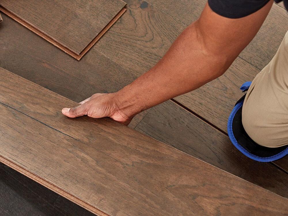 nguyên nhân sàn gỗ bị hở và cách khắc phục