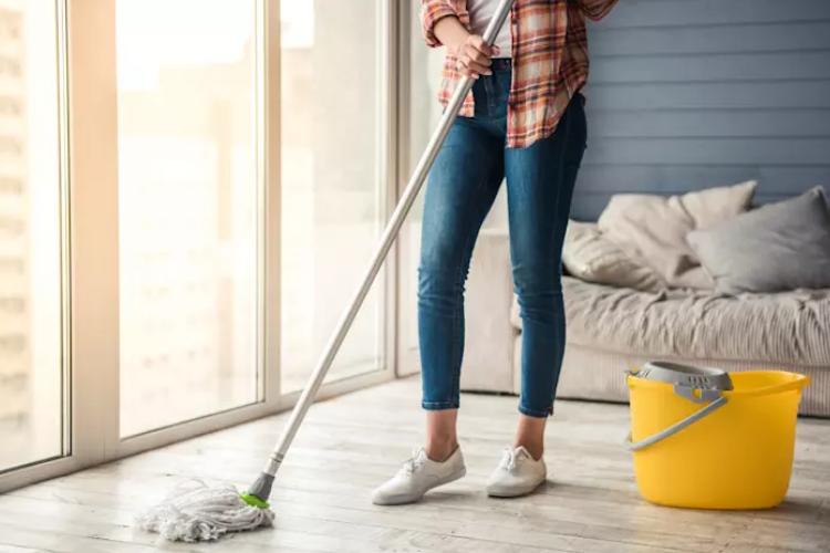 Hướng dẫn cách bảo quản sàn gỗ và vệ sinh sàn gỗ