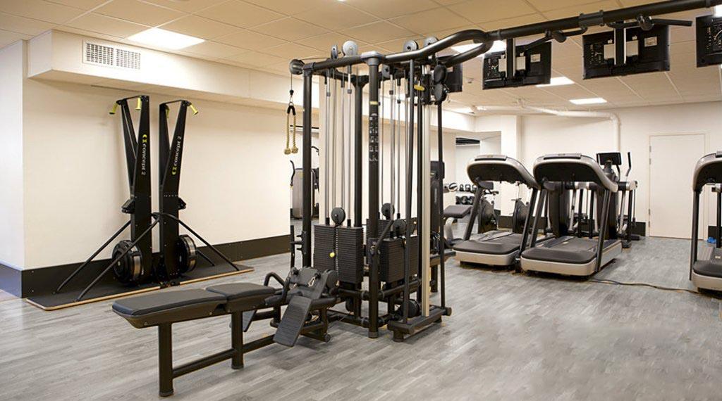 sàn gỗ phòng gym